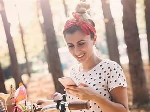Frisuren Mit Haarband Anleitung : frisuren mit haarband styling tipps und anleitungen nivea ~ Frokenaadalensverden.com Haus und Dekorationen