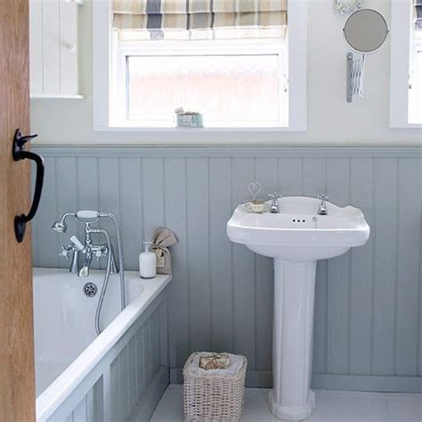 country bathroom remodel ideas 17 best ideas about small bathroom designs on