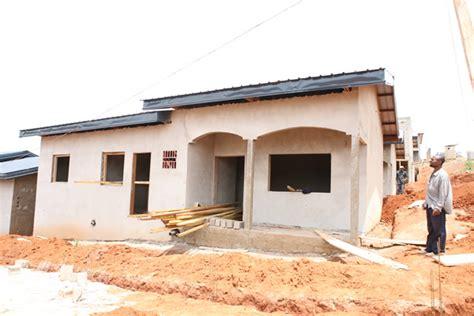 plan plain pied 4 chambres plan de maison gratuit au cameroun