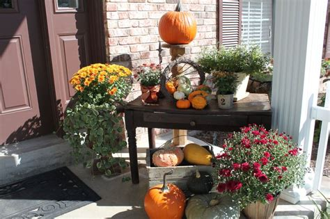 Fall Porch Displays by 60 Pretty Autumn Porch D 233 Cor Ideas Digsdigs