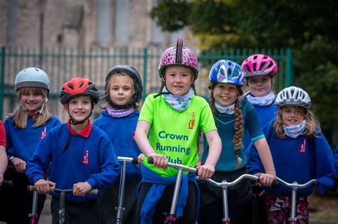 PICTURES: Crown Primary kids help to clear the air!