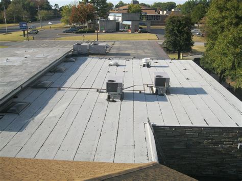 Flat Roof : Premium Roofing & Remodeling, Llc