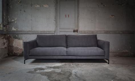 canapé haut de gamme canapés design et contemporain triss de fabrication haut