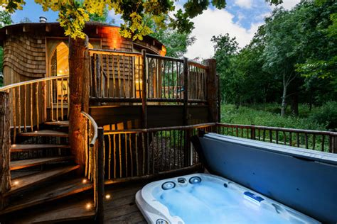 lodges in with tub woodside bay lodge retreat luxury self catering holidays