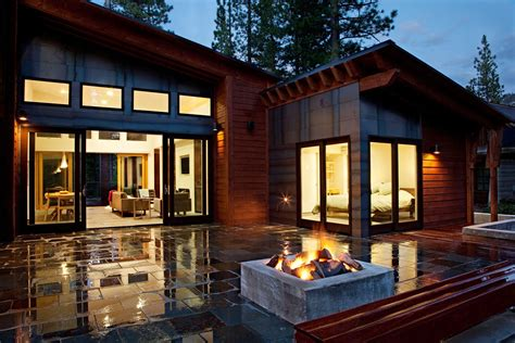 Cozy Brown Nuance Of The Contemporary Modern Modular Homes