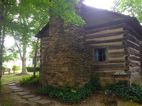 downtown gatlinburg cabins the historic ogle cabin in downtown gatlinburg
