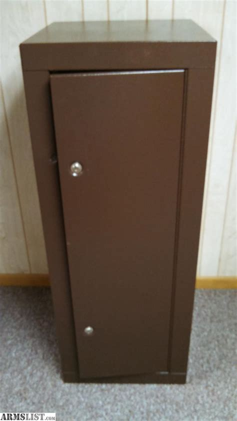 homak gun cabinet brown armslist for sale homak deluxe 16 gun security cabinet