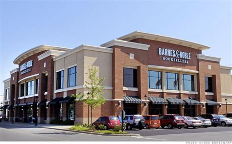 barnes and noble me now new barnes noble ceo faces tough task jan 10 2014