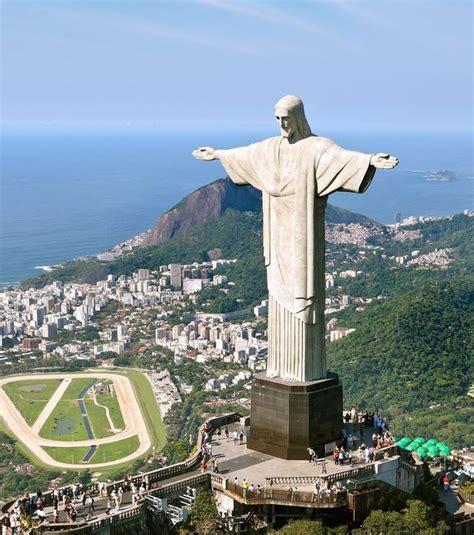 la statue du r 233 dempteur 224 de janeiro au br 233 sil l une des 7 merveilles du monde moderne