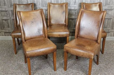 leather dining chair classic design in beautiful