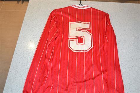 Bristol City Home football shirt 1986 - 1987. Sponsored by ...