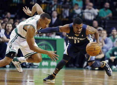 Avery Bradley injury: Boston Celtics guard's status ...