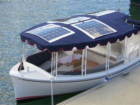 Duffy Boats Australia by New Duffy 22 Suncruiser Launches In Australia Eco Boats