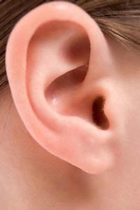 Doctors Make Shocking Discovery In Woman U0026 39 S Ear  U0026 It Can