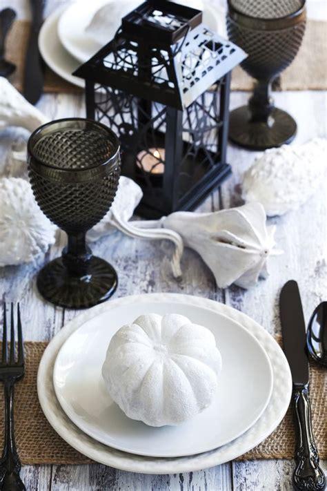 halloween tablescape ideas  impeccable taste