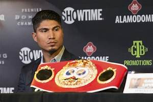 Mikey Garcia vs. Sergey Lipinets on March.10