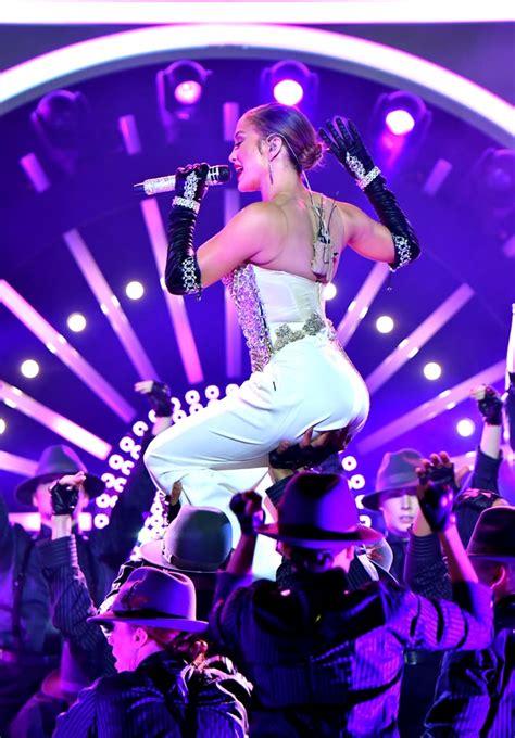 Jennifer Lopez at the Billboard Movie Awards 2018 ...