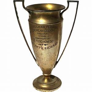Early Vintage Meriden B Co Silver Plated Loving Cup Trophy ...