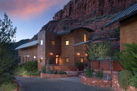 2945 Red Rock Loop Rd. Modern Home in Sedona, Arizona on Dwell
