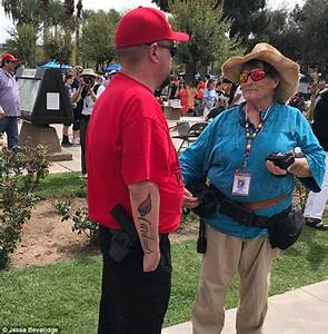 Marchers and counter-protesters clash in Phoenix over gun ...