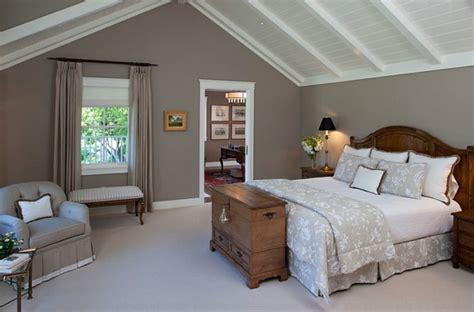 Schlafzimmer Mit Dachschräge by Wie Einen Tollen Charme Durch Die Landhaus Einrichtung