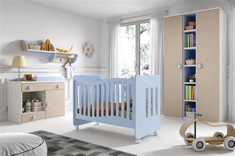 amenager chambre parents avec bebe beau aménager chambre bébé ravizh com