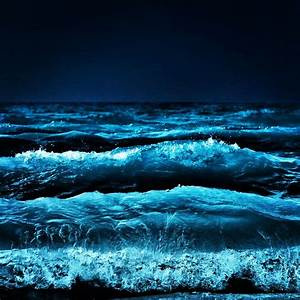 Ocean Waves... deep dark. addictive. | Water Shots ...