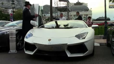 Valet Parking Lamborghini Fail by How Not To Park An Aventador Top Gear
