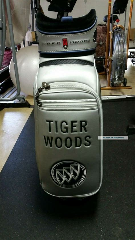 Rare Limited Edition NIKE Nike Tiger Woods Golf Bag BUICK