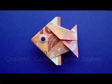 fische aus geld basteln geldscheine falten fisch tiere basteln f 252 r geldgeschenke geld falten zur hochzeit origami