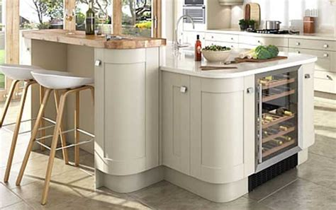 split level kitchen island how to create a linwood split level island diy kitchens