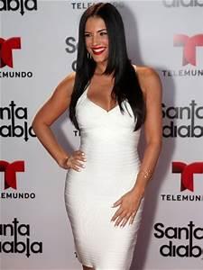 Alfombre Santa Diabla - Gaby Espino | Actrices Venezolanas ...