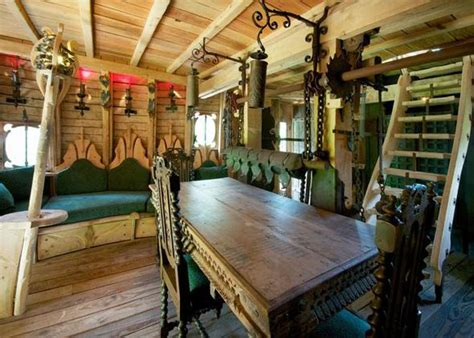 holiday  bilbo baggins hobbit hotel
