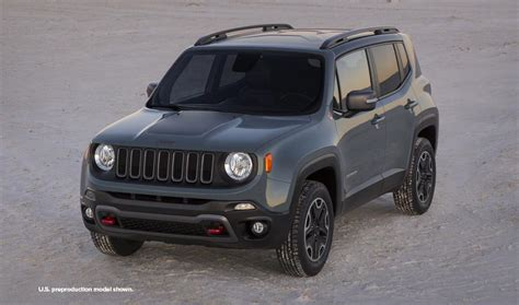 new jeep renegade new jeep renegade small 4x4 suv jeep uk