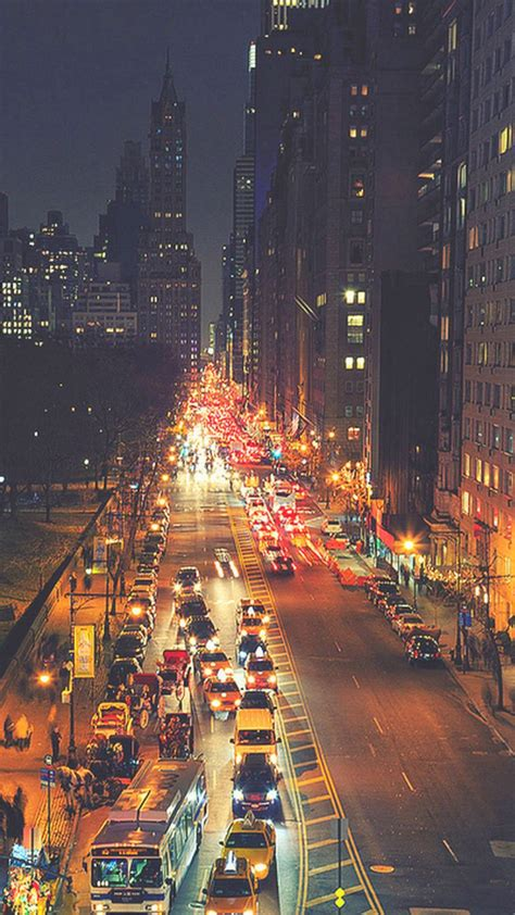 busy  york street night traffic iphone