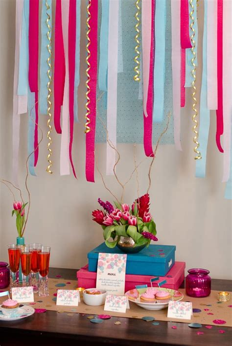blowout fuchsia hot pink crepe paper streamer party