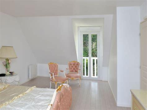 surface minimum d une chambre transformation radicale d 39 une maison des ées 60