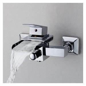 Robinet Cascade Baignoire : robinet de baignoire cascade contemporaine mural ~ Nature-et-papiers.com Idées de Décoration