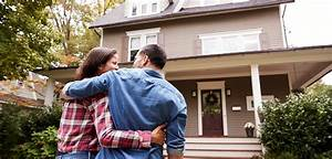 Insider Tips for Buying a New Home | KeyBank  onerror=