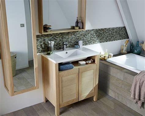 si鑒e de salle de bain 17 meilleures idées à propos de salle de bains familiale sur salle de bains tuilage et stockage de médicament