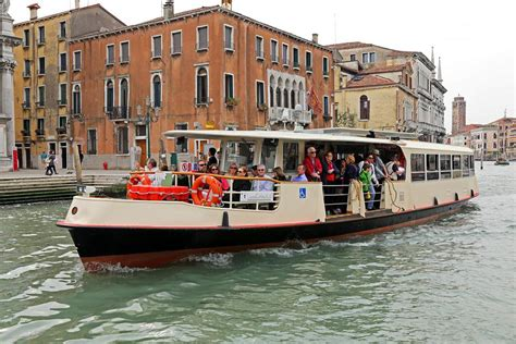 Public Transportation in Venice: The Vaporetto