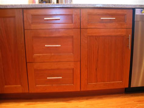 full overlay shaker cabinets shaker full overlay cabinet door pictures to pin on