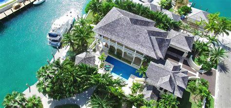 bedroom luxury property  sale  fort bay