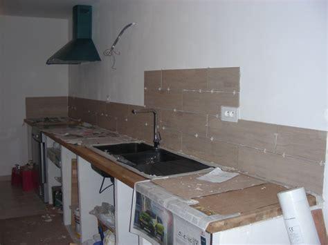 plan de travail cuisine carrelage longue absence lejardindetamine