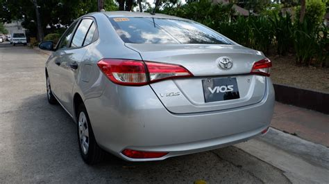toyota vios xe review