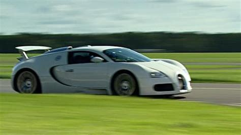 Bugatti chose geneva to unveil its incredible chiron hypercar. Monterey Supercar Week Part 1! Pagani Huayra, Zonda, McLaren P1, Bugatti Veyron YouTube - CAR ...