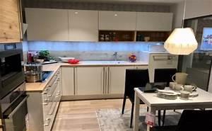 Möbel Höffner Küchen : m bel h ffner in rostock bentwisch m bel k chen mehr ~ Frokenaadalensverden.com Haus und Dekorationen