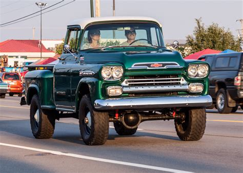 Chevrolet Apache 4x4  Reviews, Prices, Ratings With