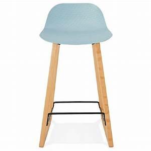 Chaise De Bar Bleu : tabouret de bar chaise de bar mi hauteur scandinave scarlett mini bleu ciel ~ Teatrodelosmanantiales.com Idées de Décoration