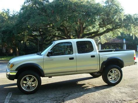 purchase   toyota tacoma double crew cab prerunner